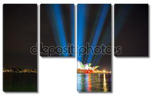 Сиднейская Опера с подсветкой