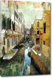 Узкий канал в Венеции