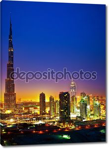 центр города Дубая ночью