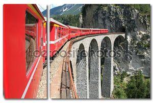 Экспресс-поезда Bernina на швейцарских Альп