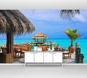 Кафе на пляже у бунгало