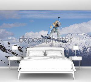 Кадр сноубордиста