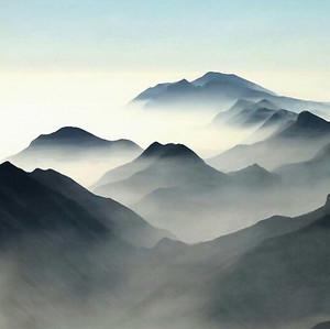 Серые вершины