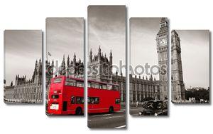 Двухэтажный красный автобус