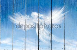 Ангел в облаках