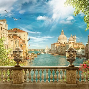 Солнечная Венеция с ее невероятной архитектурой