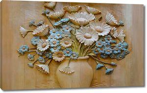 Резные полевые цветы в вазе