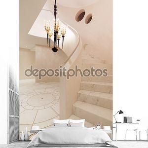 мраморный пол и лестница