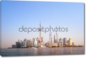 Шанхайский горизонт вид с набережной Вайтань