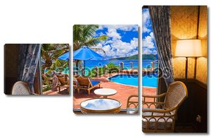 Номер в отеле и пляжный пейзаж