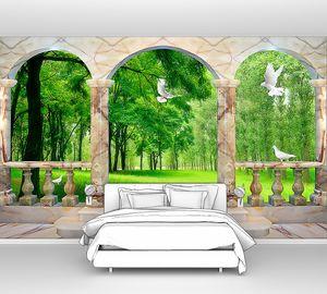 Лес за мраморными колоннами