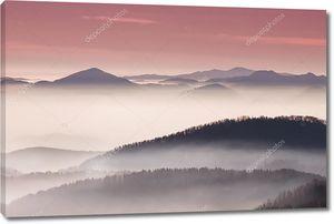 Красочные слои холма