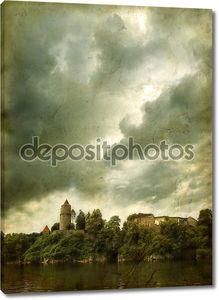 Шероховатый средневековый замок
