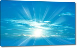 Солнце высоко в небе