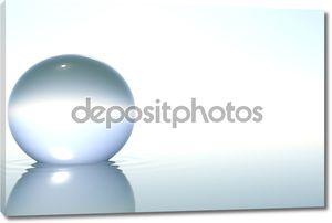Zen стеклянный шар в воде на белом фоне