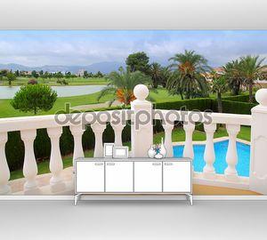 Поле для гольфа с балюстрадой housel белый бассейн
