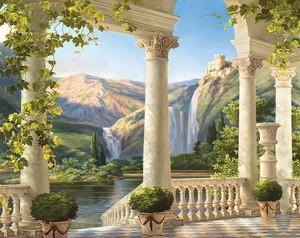 Красивая веранда с колоннами