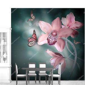 Орхидеи с бабочкой