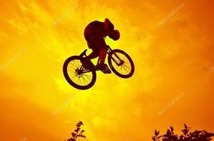 Акробатические трюки BMX