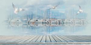 Терраса с видом на причал с лодками