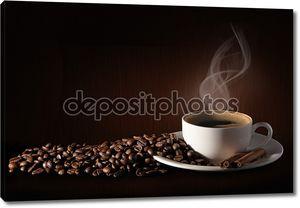 Кофе с зернами и корицей