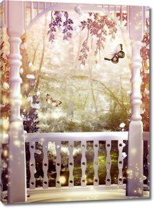 Колонны, цветы и бабочки