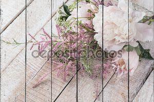 Открытка с элегантные цветы пиона