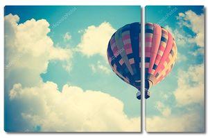 Воздушный шар в небе