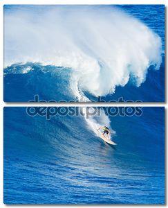 серфер верхом гигантская волна