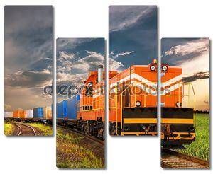Грузовой поезд в пути