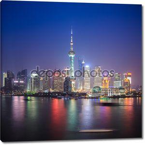 Красивый Шанхай в ночное время