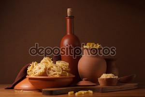 Натюрморт с макаронами