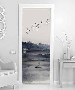 Стая птиц над лодкой на озере