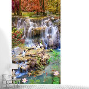 Журавли у осеннего водопада