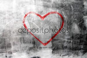 Сердце на бетонную стену