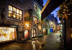 Старый город, улица ночью