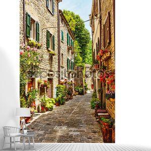 Узкая улочка в Старом городе