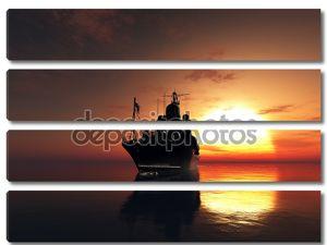 Корабль с флагом на закате