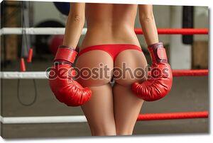 Изображение боксеров женского пола упругая задница в ремне