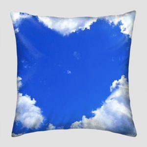 Небо с облаками сердечком