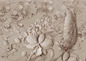 Лепные цветы и павлин