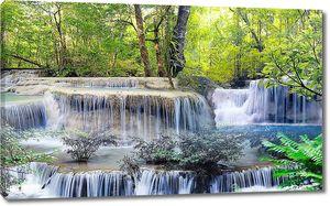 Двухуровневый водопад