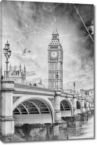Биг Бен с Вестминстерский мост и Темзу река в Лондоне.