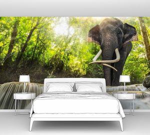 Водопад Эраван со слоном