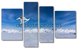 Кадр со сноубордистом