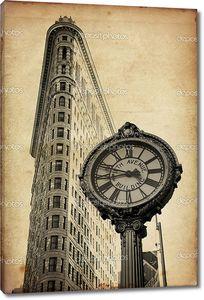 Плоское здание в Нью-Йорке