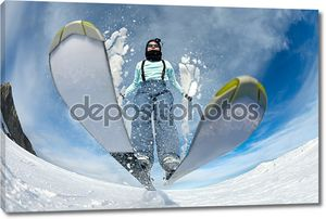 Лыжник вид снизу