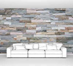 Стена  из натурального материала