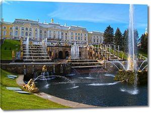 Большой дворец и большой Каскад в Петергофе, Россия