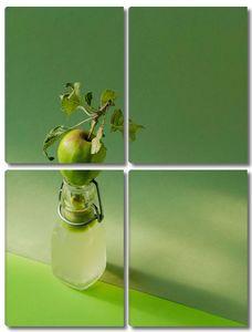 Яблоко на бутылочке